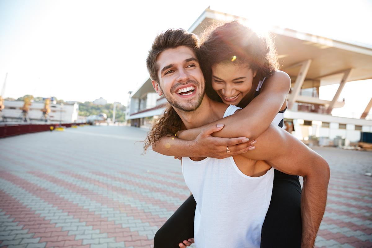 Wat is de wettelijke leeftijd van dating in NY